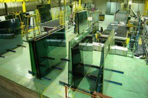 صناعة الزجاج